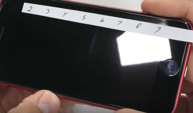 """Tra tấn iPhone SE 2020: """"iPhone giá rẻ"""" của Apple nhưng chất lượng không hề rẻ chút nào - Ảnh 2."""
