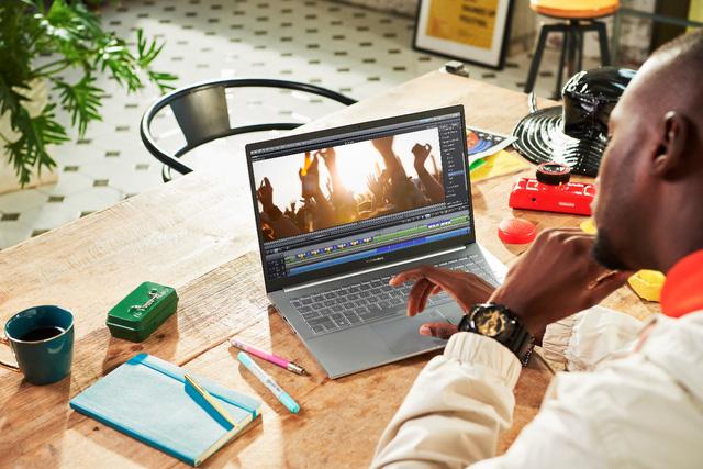 ASUS giới thiệu loạt laptop siêu mỏng nhẹ dành cho giới trẻ sở hữu vi xử lí 8 nhân của AMD - Ảnh 4.