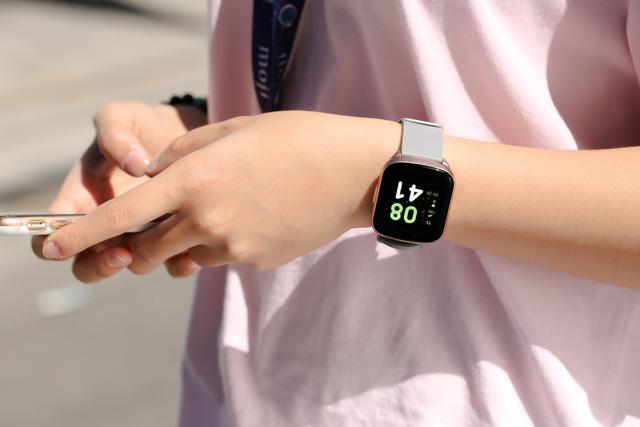 BeU đồng hồ thông minh kiêm trợ lý sức khỏe dành cho giới trẻ, giá chỉ từ 690 ngàn đồng - Ảnh 4.
