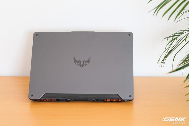 Cận cảnh laptop TUF Gaming A15: logo mới ngầu hơn, chạy AMD Ryzen 4600H và GTX1650, giá nhỉnh hơn 20 triệu đồng - Ảnh 1.