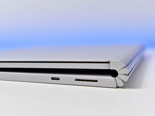 Cổng USB-C trên Surface Book 3