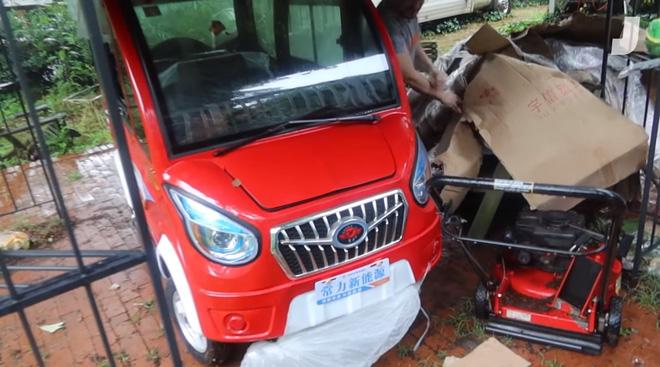 Đập hộp mẫu ô tô điện rẻ nhất thế giới, giá chưa đến 1000 USD: Nhìn như xe đồ chơi nhưng hóa ra cũng lợi hại phết - Ảnh 5.