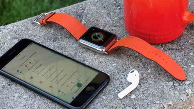 Đẩy giá smartphone lên tới cả nghìn USD một chiếc, Apple và các hãng Android đang làm thế nào để bán được chúng? - Ảnh 2.