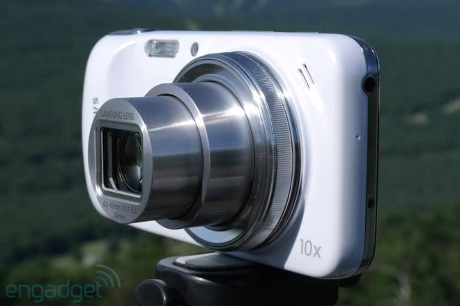 Nhìn lại Galaxy S4 Zoom: Nửa điện thoại, nửa máy ảnh, cộng lại thành thất bại - Ảnh 11.