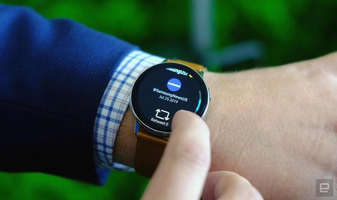 Samsung đưa trở lại tính năng mà hãng từng rũ bỏ trên smartwatch - Ảnh 1.