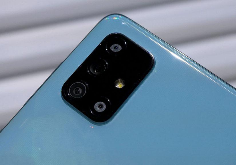 Samsung sẽ phổ cập tính năng sạc không dây cho dòng A vào năm 2021