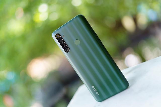 Tin được không, 5 triệu có thể mua smartphone 'xịn xò' với Realme 6i? - Ảnh 1.