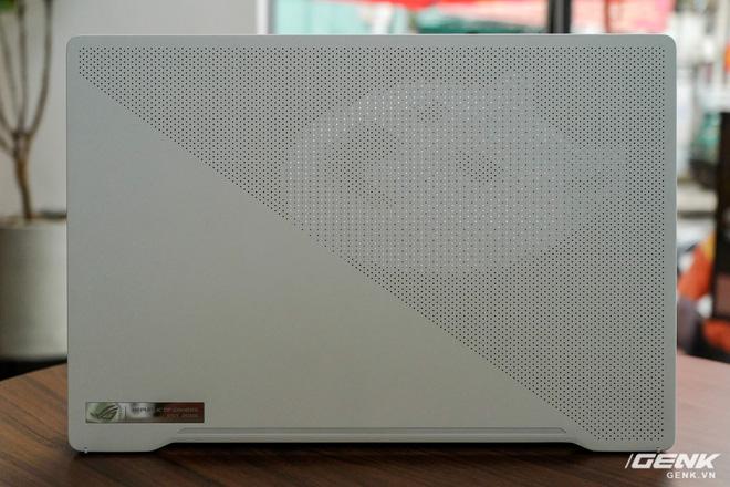 Trải nghiệm nhanh ASUS Zephyrus G14: Chiếc laptop độc nhất trên thị trường có đèn Mini LED trang trí ở nắp máy, giá tại Việt Nam từ 26,99 triệu đồng - Ảnh 6.