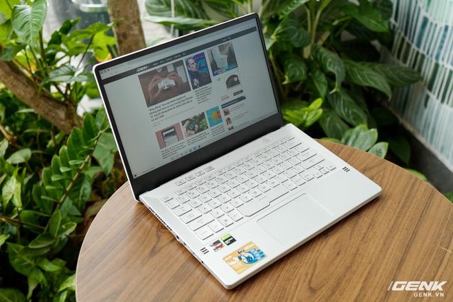 Trải nghiệm nhanh ASUS Zephyrus G14: Chiếc laptop độc nhất trên thị trường có đèn Mini LED trang trí ở nắp máy, giá tại Việt Nam từ 26,99 triệu đồng - Ảnh 9.