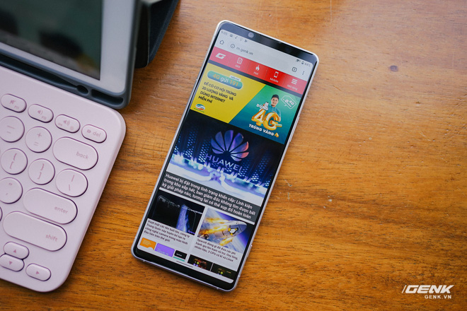 Trên tay Sony Xperia 1 II tại VN: Siêu phẩm với màn hình 4K HDR, camera cực chuyên nghiệp, giá gần 30 triệu đồng - Ảnh 9.