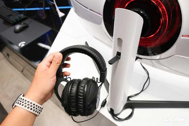 Cận cảnh màn hình cong 49 inch chuyên game 1000R của Samsung: Thiết kế đến từ tương lai, độ phân giải DQHD, 1ms, 240Hz, giá hơn 55 triệu đồng - Ảnh 5.