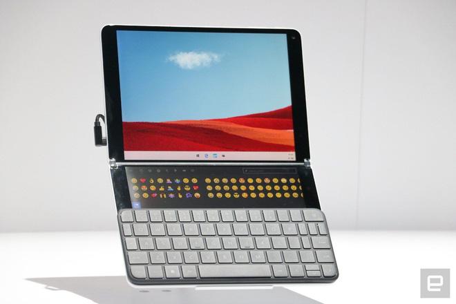 Google sẽ tung ra Chromebook màn hình kép để đấu Microsoft Surface Neo - Ảnh 1.