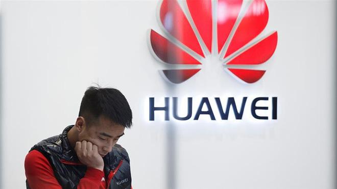 Mỹ đe dọa trừng phạt nhân viên và đối tác kinh doanh của Huawei - Ảnh 1.