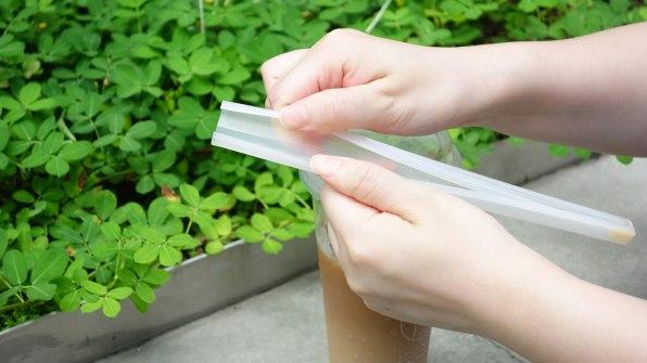 Thiết kế thông minh này là lời giải cho bài toán ống hút nhựa, giá rẻ nhưng vẫn thân thiện với môi trường - Ảnh 3.