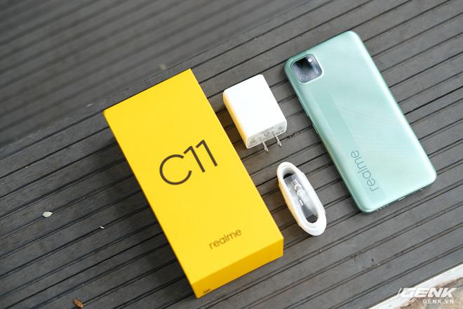 Trên tay C11: Chiếc điện thoại giá chỉ 3 triệu đồng đến từ Realme - Ảnh 1.