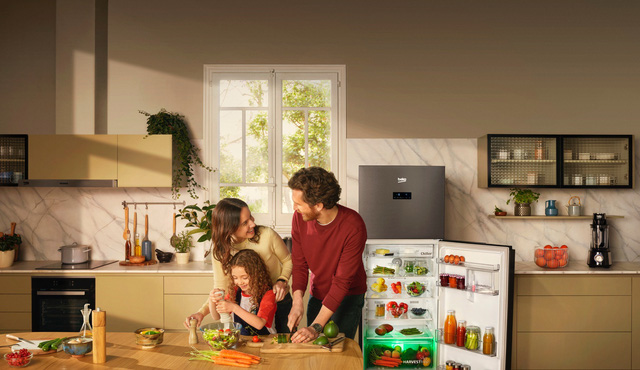 Tủ lạnh công nghệ ánh sáng vi chất HarvestFresh của Beko giúp bảo quản rau củ chuẩn châu Âu - Ảnh 1.