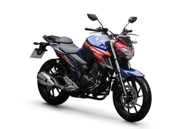 Chiếc naked-bike Fazer250 2021.
