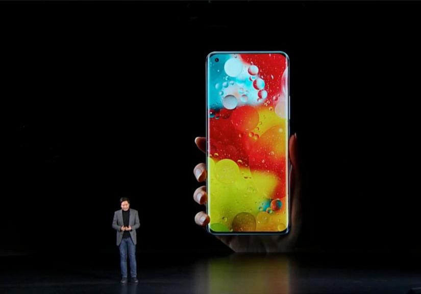 Ra mắt Xiaomi Mi 11: chip Snapdragon 888 mạnh mẽ, cụm camera ấn tượng, giá từ 14,2 triệu