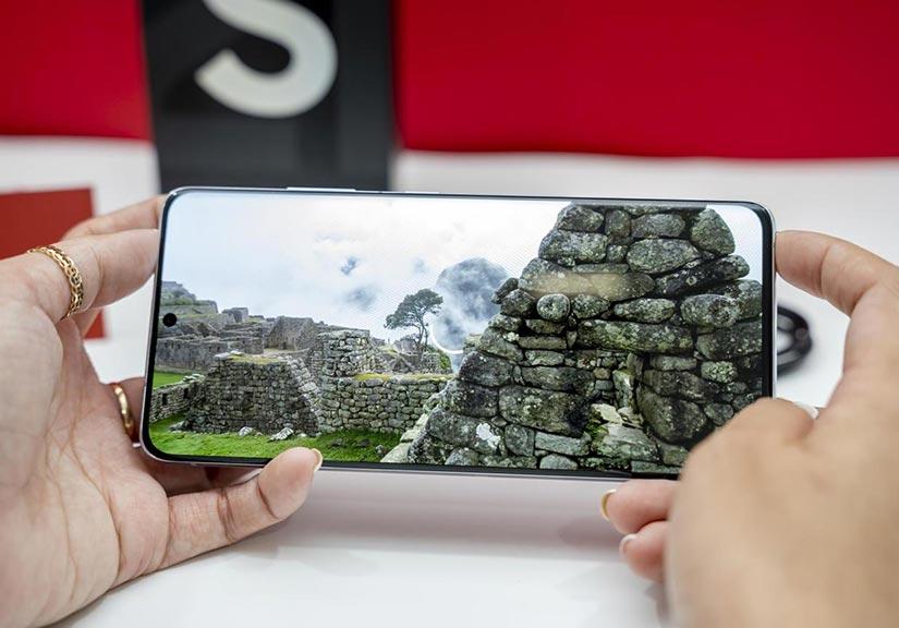Flagship Samsung S21 Ultra 5G giá 22,99 triệu có đáng sở hữu vào dịp Tết?