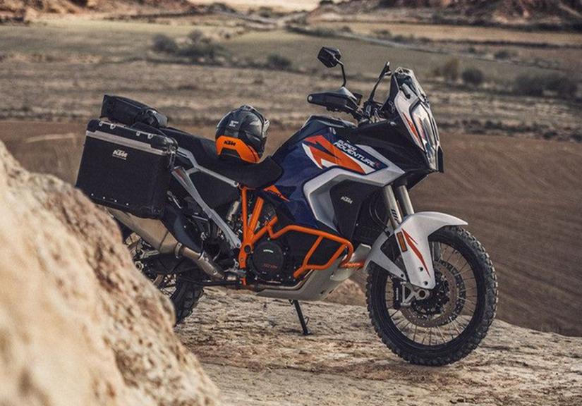 'Quái thú' côn tay mới ra mắt: Sức mạnh gấp 10 lần Yamaha Exciter, giá ngang Toyota Vios