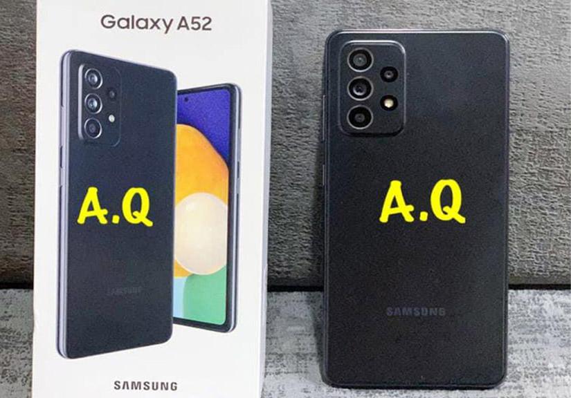 Galaxy A52 lộ ảnh thực tế: Mặt lưng nhám, camera lồi, phụ kiện đầy đủ