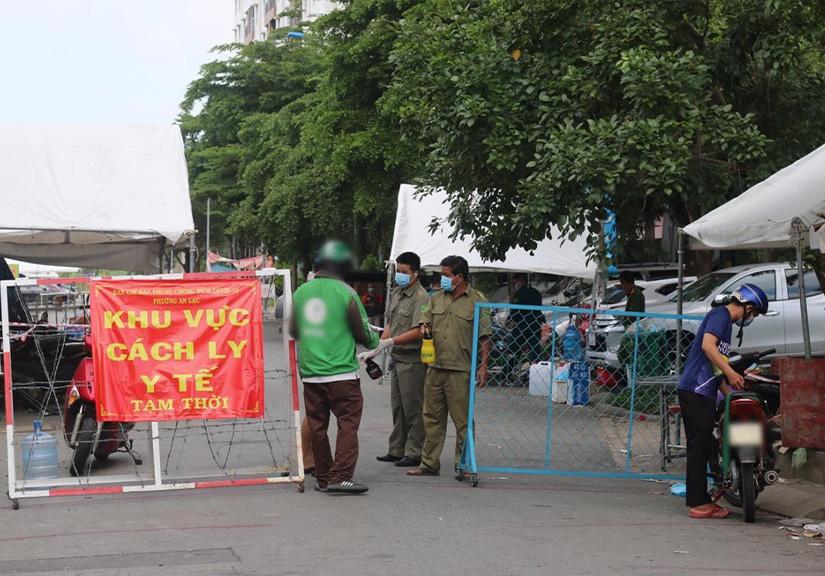 TP HCM phong tỏa 3 khu phố 60.000 dân