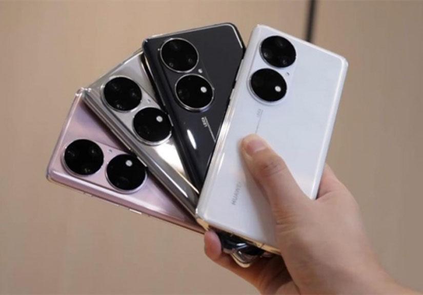 """Trên tay Huawei P50 Pro: Cụm camera """"siêu khổng lồ"""" với thông số ấn tượng"""