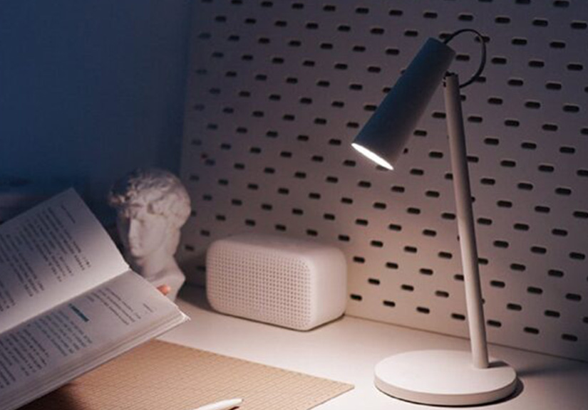 Xiaomi ra mắt đèn bàn thông minh MIJIA: Pin 120 tiếng, điều chỉnh được nhiệt độ màu, giá 456.000 đồng