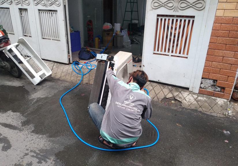 Vệ sinh máy lạnh uy tín, chuyên nghiệp, giá tốt tại TP. HCM